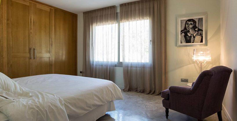 villa-317-6-bedrooms-cala-comta11.jpg