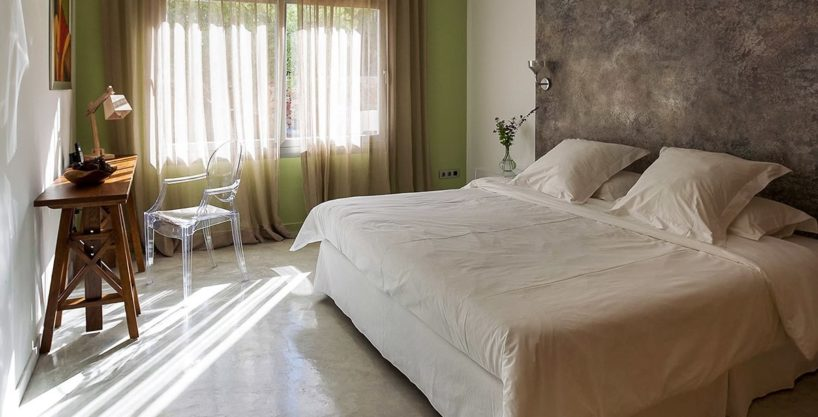 villa-317-6-bedrooms-cala-comta15.jpg
