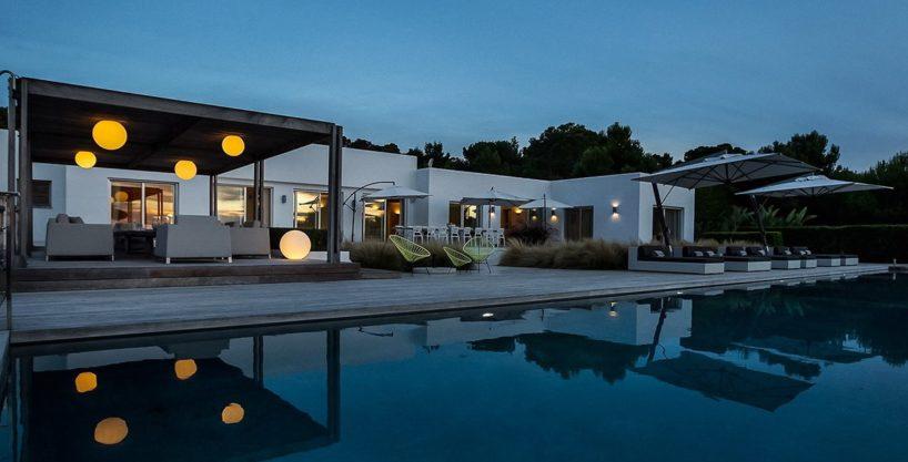 villa-317-6-bedrooms-cala-comta26.jpg