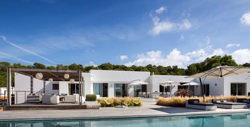 villa-317-6-bedrooms-cala-comta27.jpg