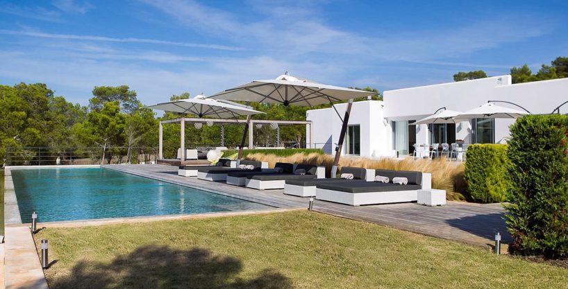 villa-317-6-bedrooms-cala-comta28.jpg