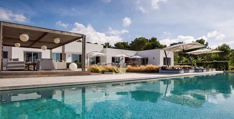 villa-317-6-bedrooms-cala-comta29.jpg