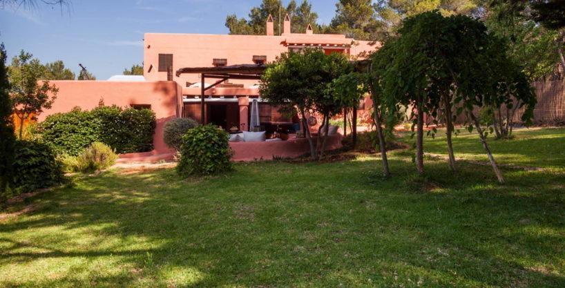 villa2098bedroomssgertrudis60.jpg