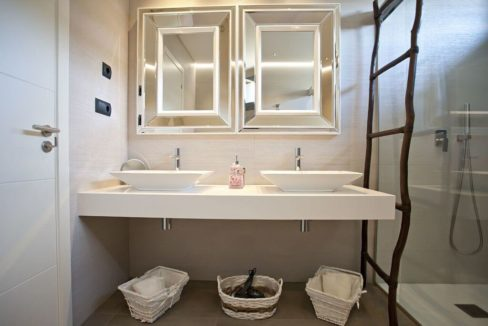 villa 318-6 bedrooms CASA LUI01