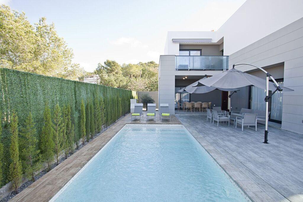 villa 318-6 bedrooms CASA LUI06