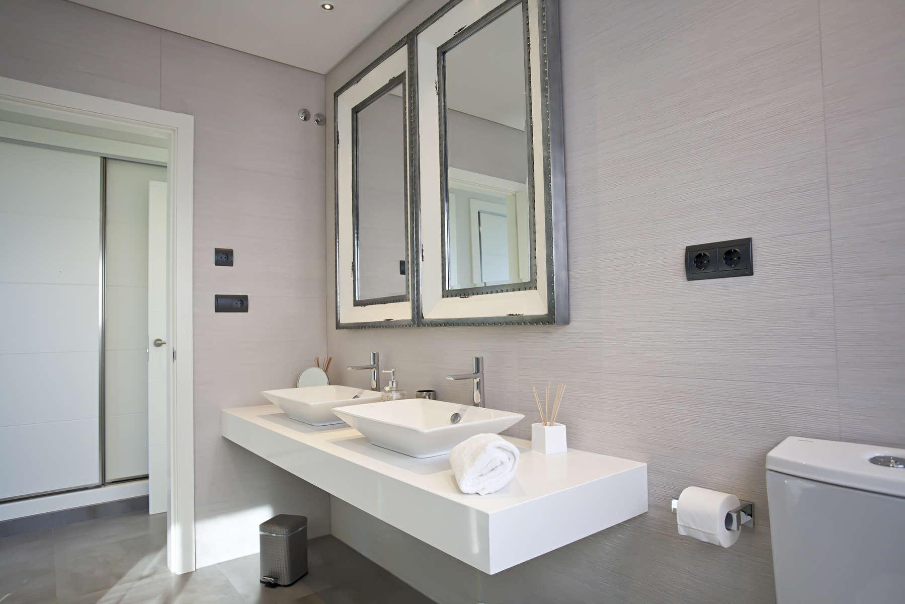 villa 318-6 bedrooms CASA LUI25