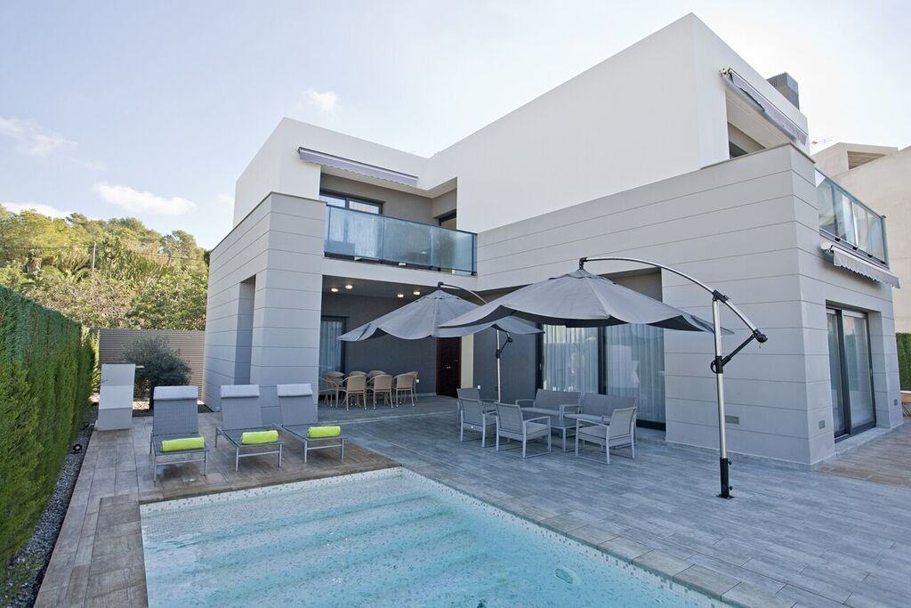 villa 318-6 bedrooms CASA LUI30