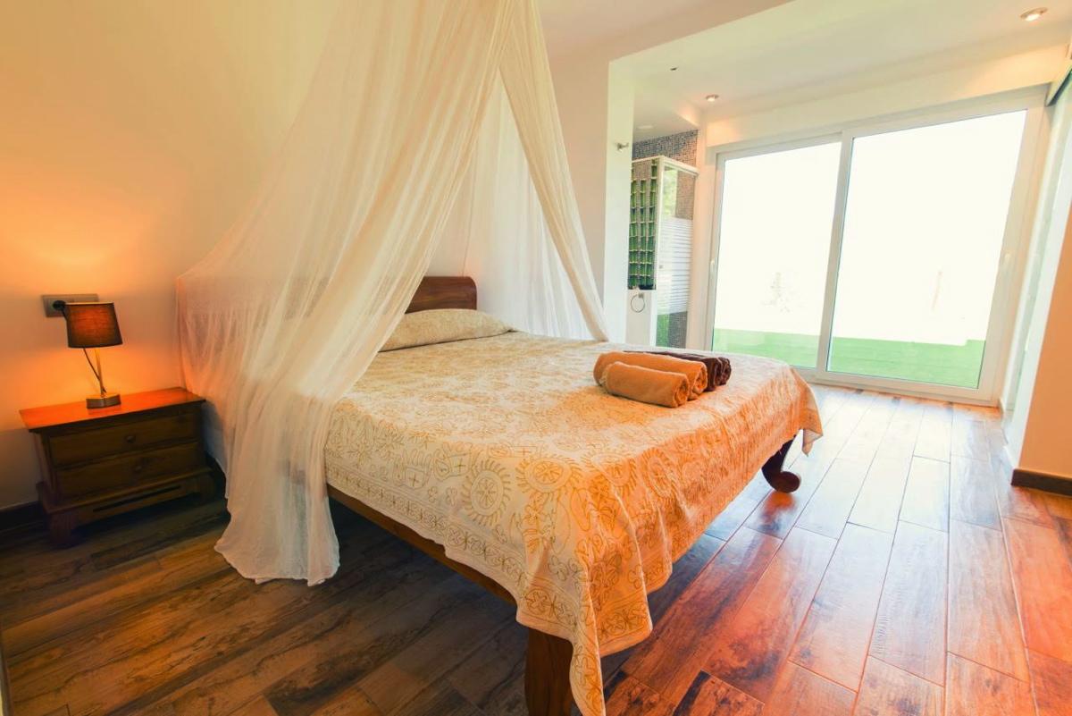 villa 107-5 bedrooms-cala jondal1