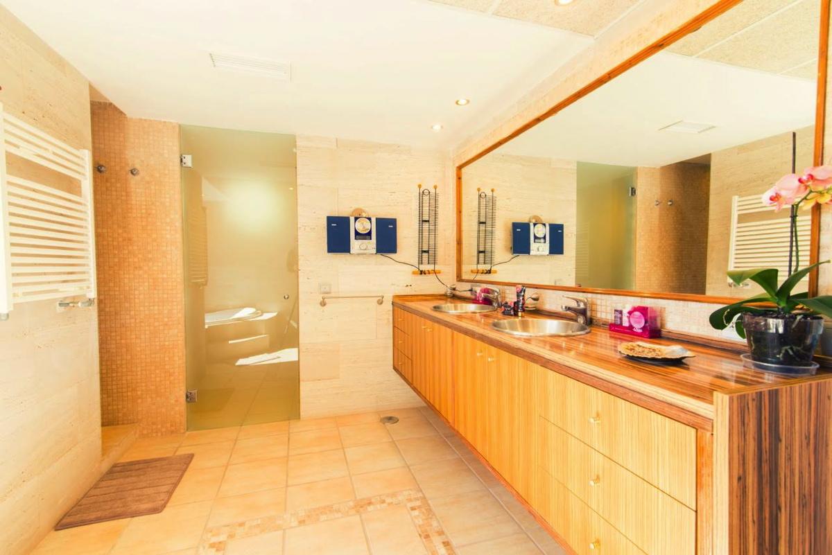 villa 107-5 bedrooms-cala jondal16