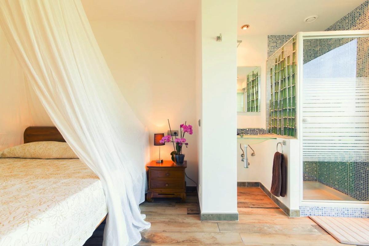 villa 107-5 bedrooms-cala jondal3