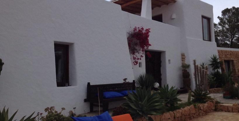 villa-233-5-bedrooms-cala-salada07.jpg