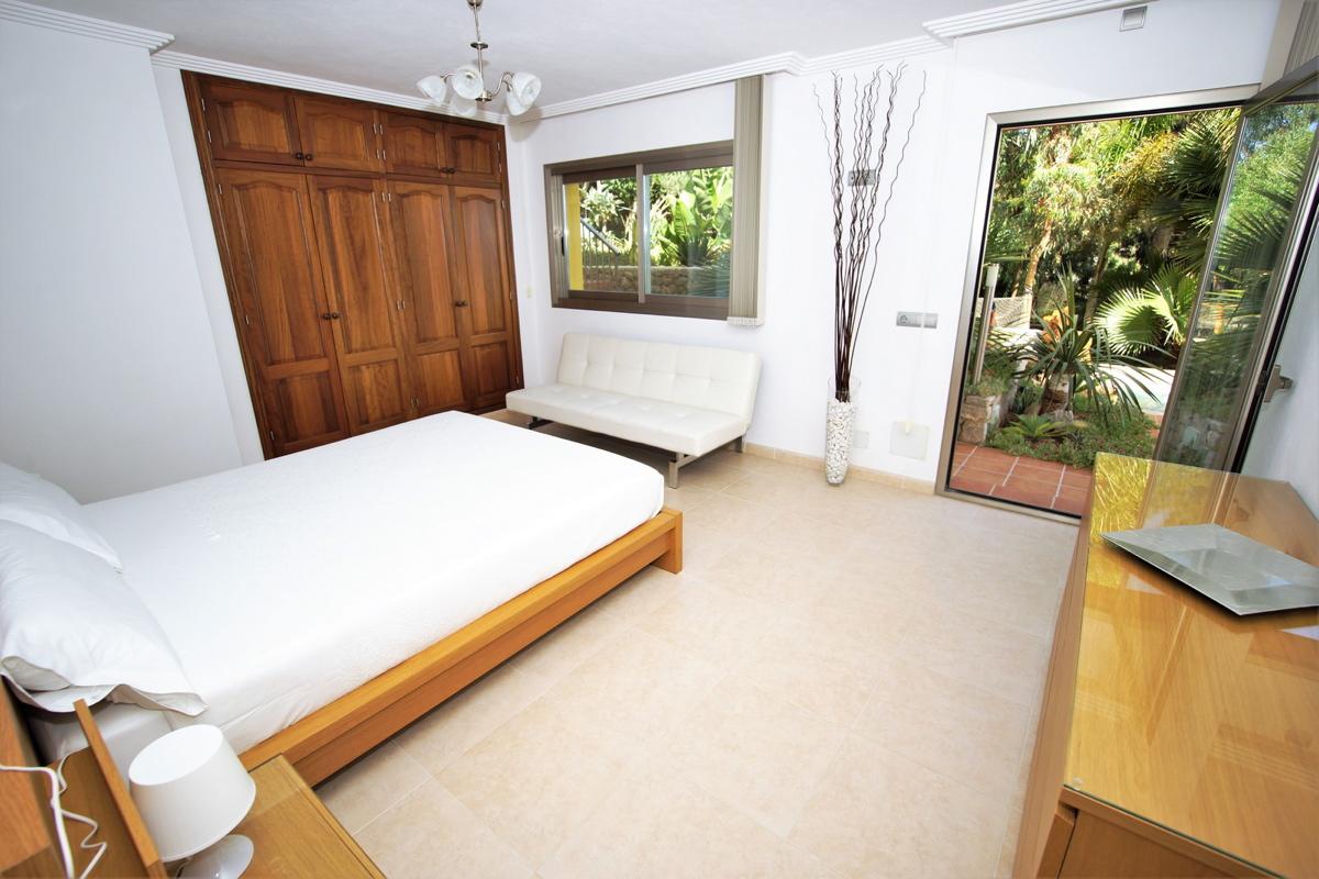 villa 312-6 bedrooms-jesus06