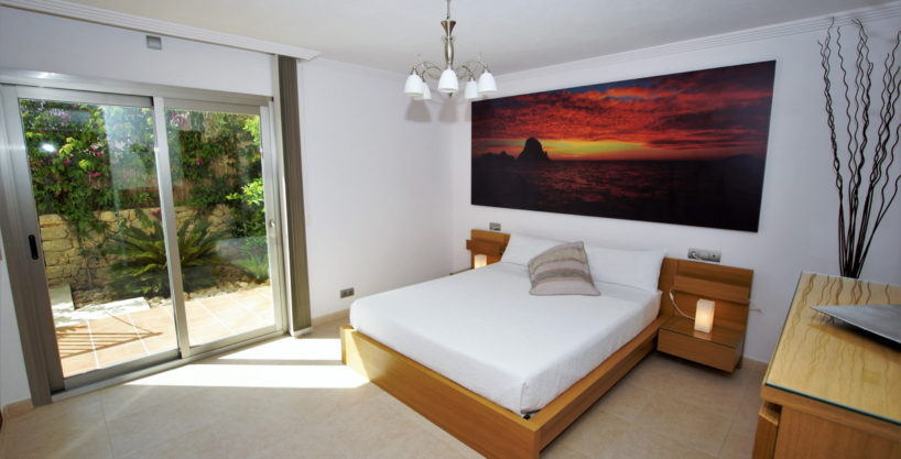 villa-312-6-bedrooms-jesus19.jpg