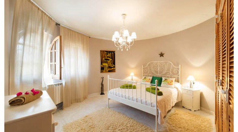 villa 15-4 bedrooms-sa carroca12