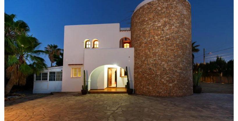 villa-15-4-bedrooms-sa-carroca16.jpg
