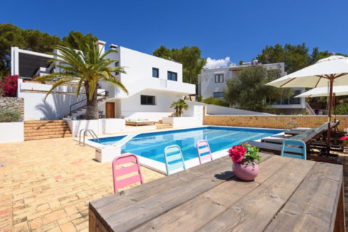 villa 170-4 bedrooms-jesus24