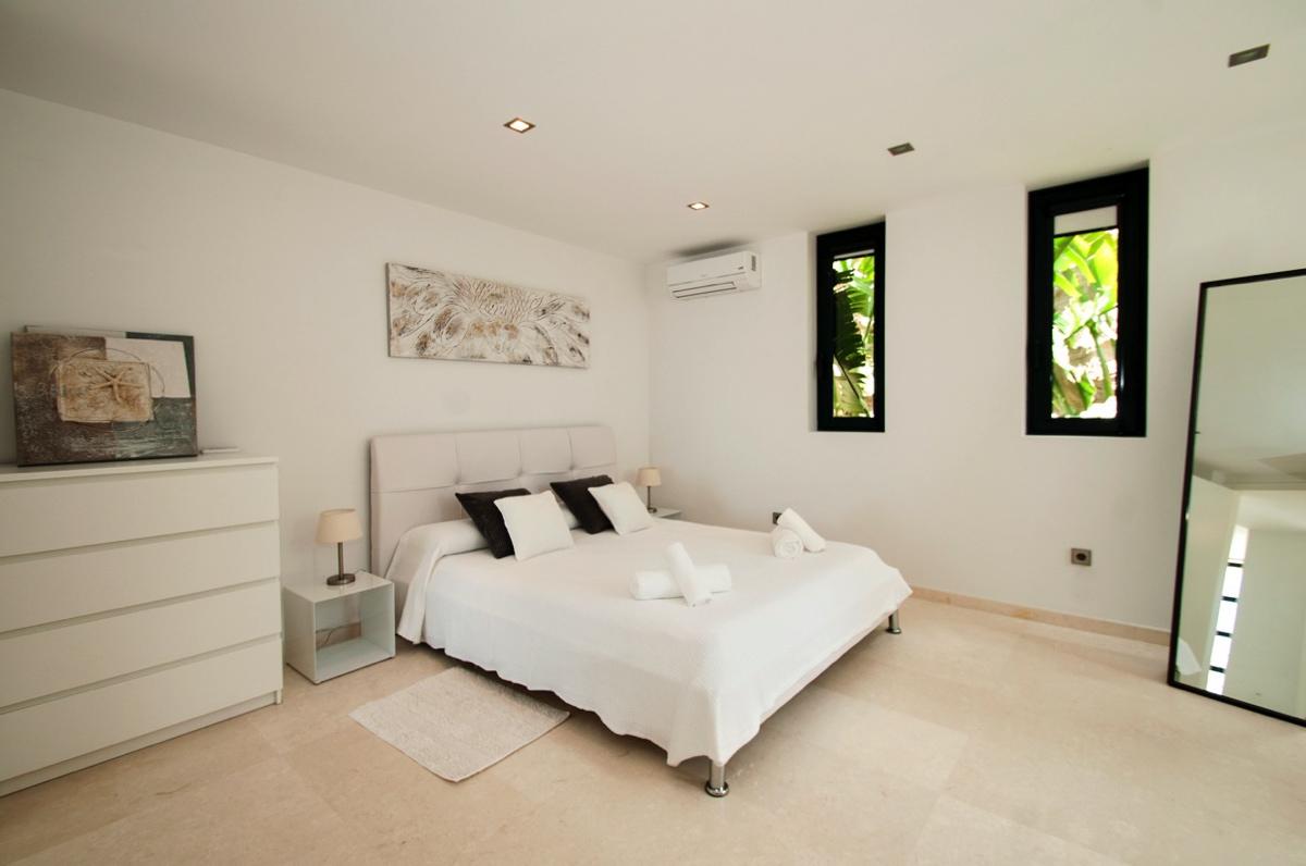 villa3024bedroomscanpepsimo33