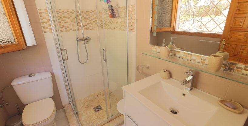 villa924bedroomsescubells24.jpg