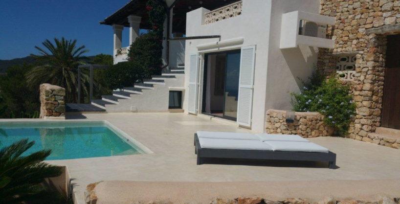 villa1725bedroomsescubells22.jpg