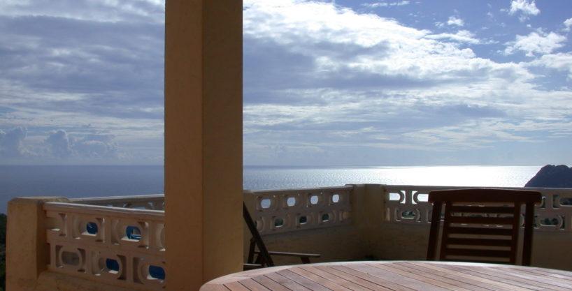 villa1725bedroomsescubells39.jpg