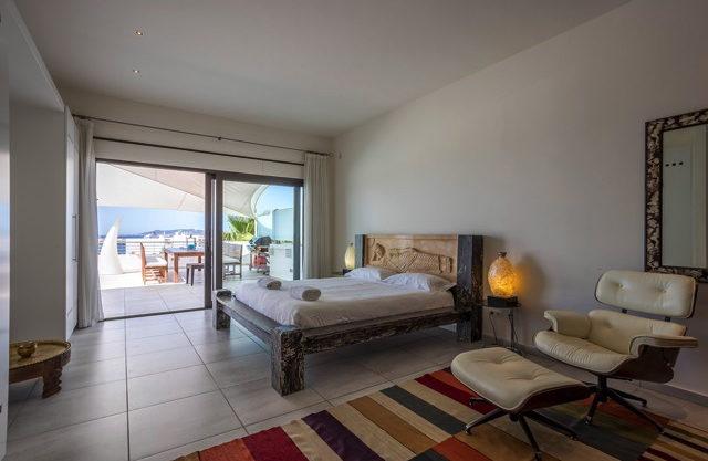 villa-308-5-bedrooms-talamanca19.jpg