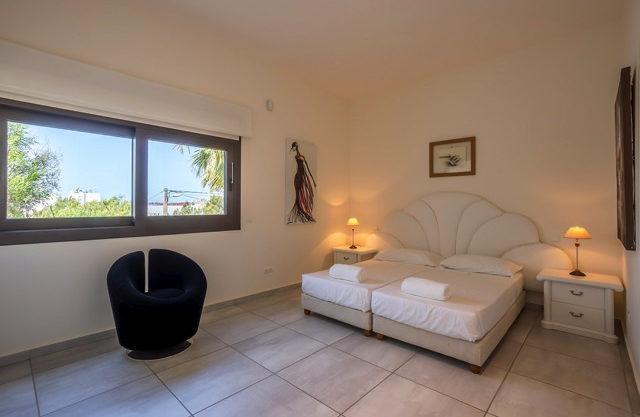 villa-308-5-bedrooms-talamanca24.jpg