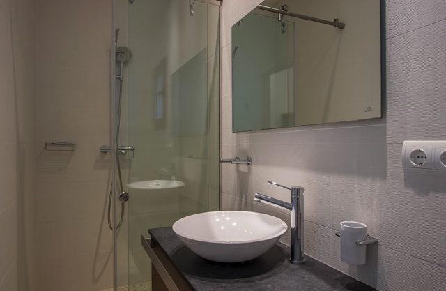 villa-308-5-bedrooms-talamanca25.jpg