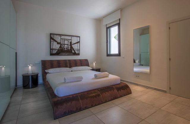 villa-308-5-bedrooms-talamanca26.jpg