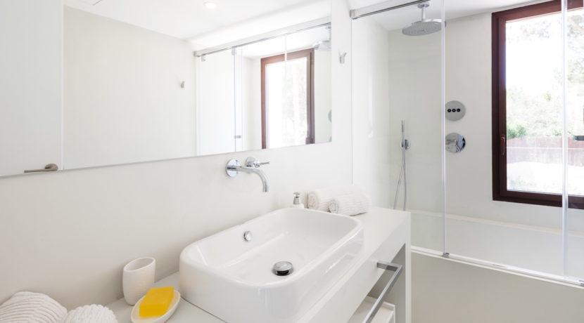 villa 211 - 4 bedrooms - cala jondal17