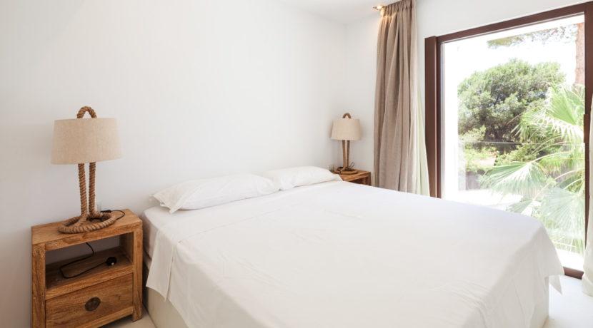 villa 211 - 4 bedrooms - cala jondal25