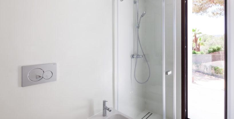 villa-211-4-bedrooms-cala-jondal27.jpg