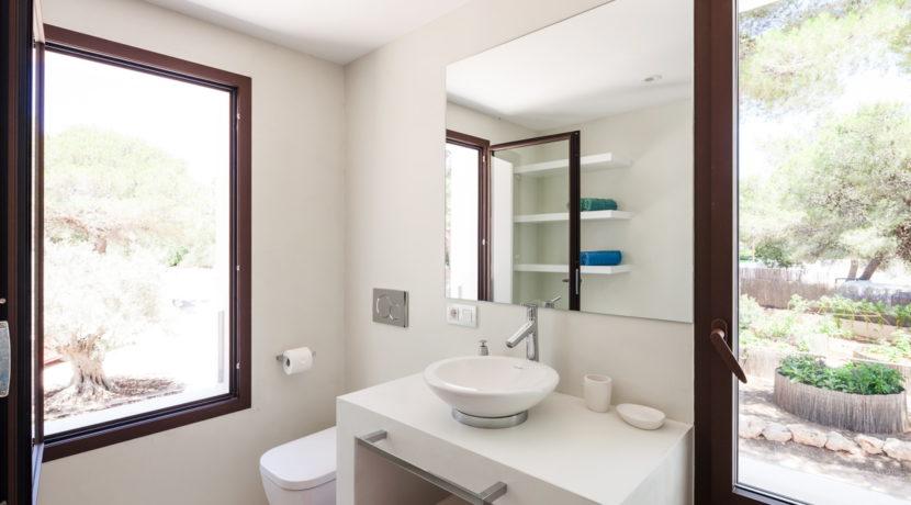 villa 211 - 4 bedrooms - cala jondal34