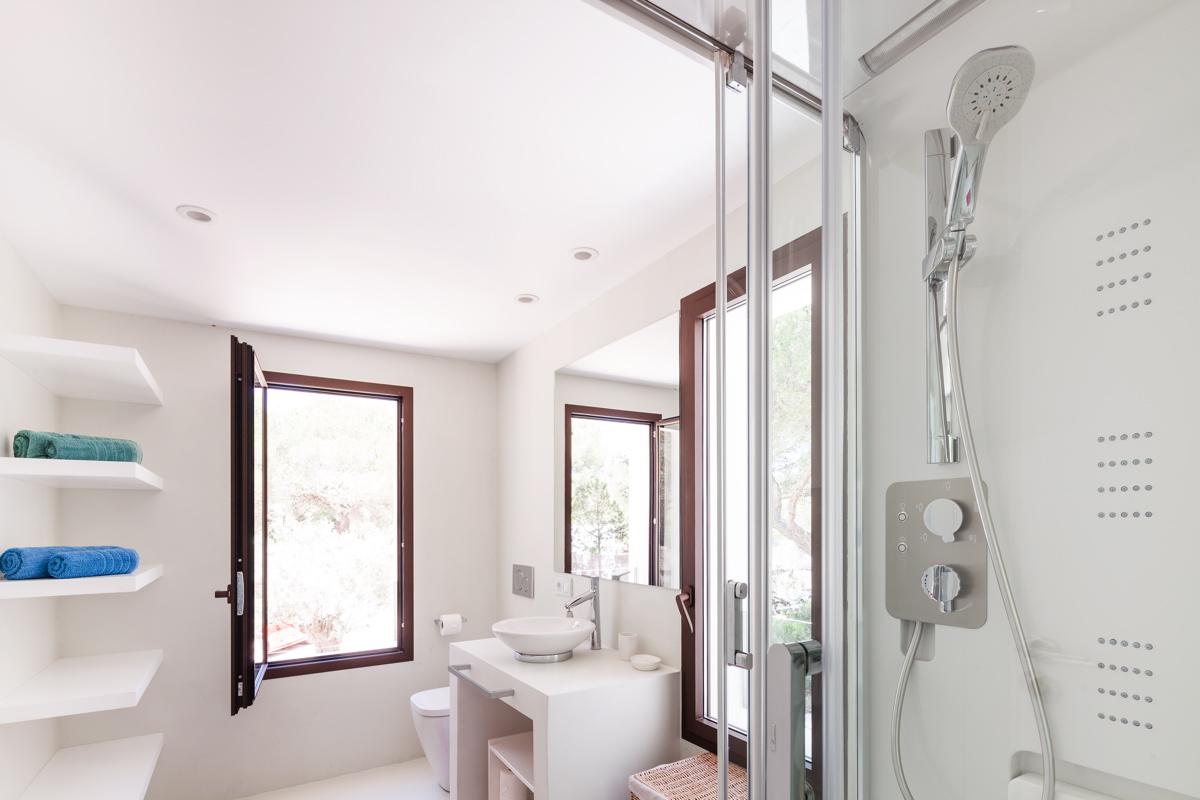 villa 211 - 4 bedrooms - cala jondal35