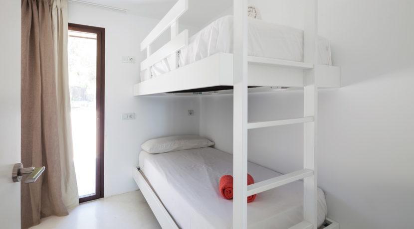 villa 211 - 4 bedrooms - cala jondal36