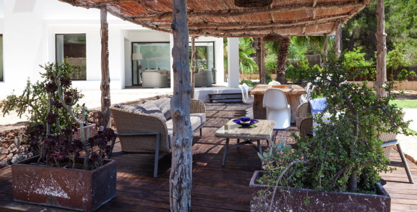 villa-211-4-bedrooms-cala-jondal50.jpg