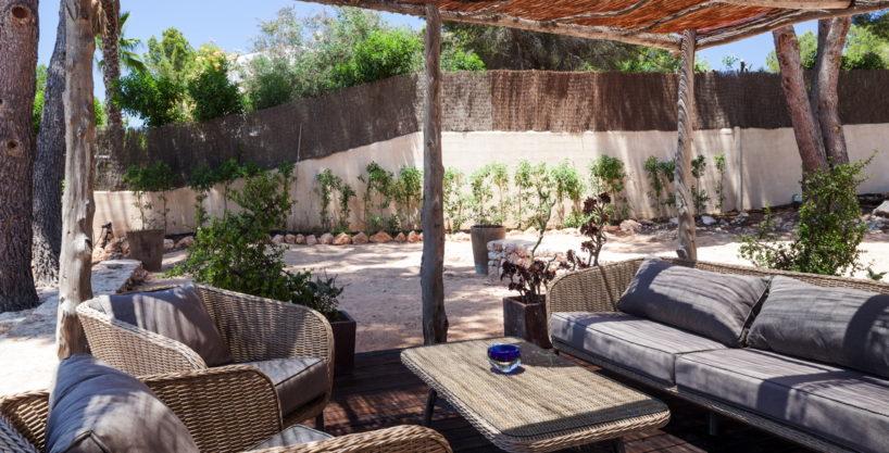 villa-211-4-bedrooms-cala-jondal64.jpg