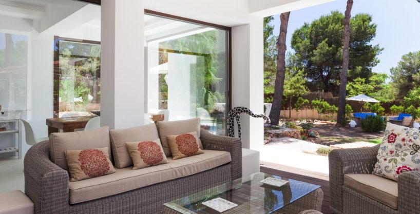villa-211-4-bedrooms-cala-jondal68.jpg
