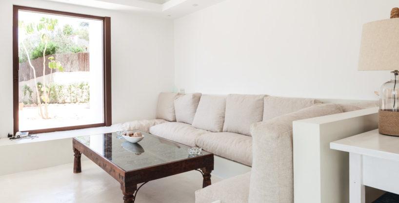 villa-211-4-bedrooms-cala-jondal70.jpg
