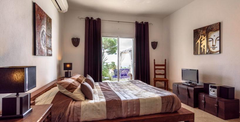 villa-279-6-bedrooms-es-cubells04.jpg