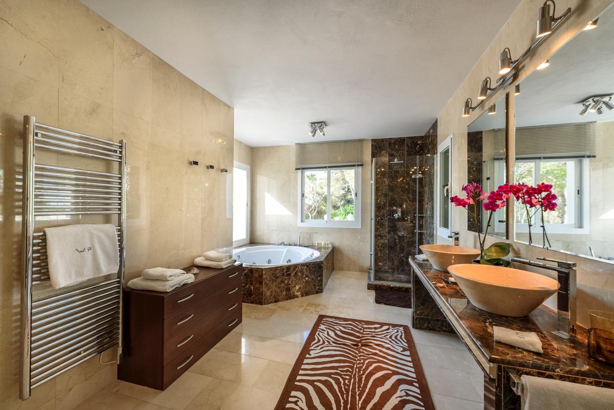 villa 279 - 6 bedrooms - es cubells22