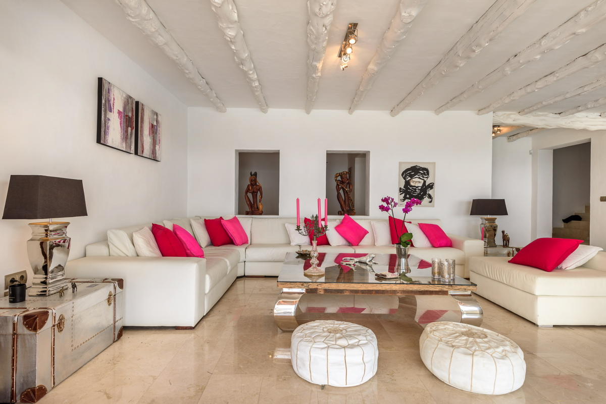 villa 279 - 6 bedrooms - es cubells28