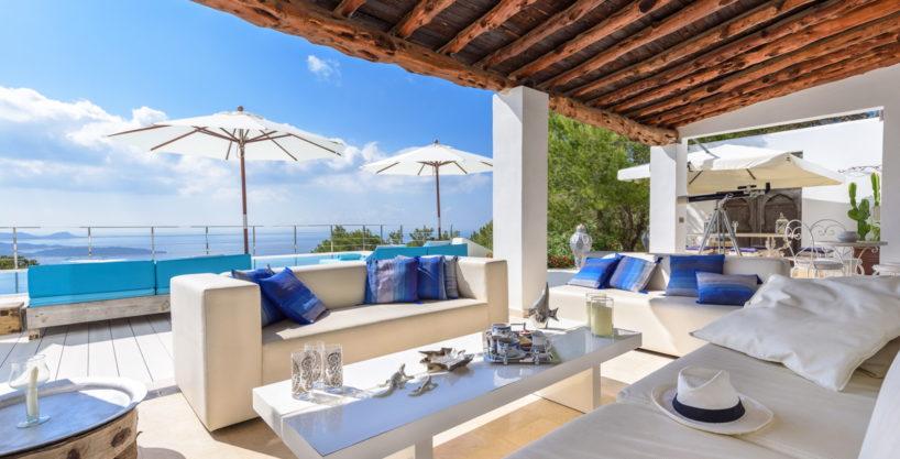 villa-279-6-bedrooms-es-cubells40.jpg