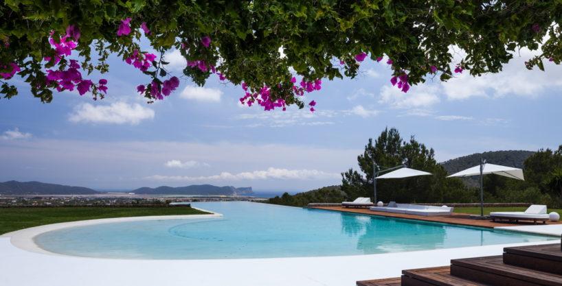 villa-325-6-bedrooms-san-josep63.jpg