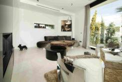 villa3303bedroomsescubells13