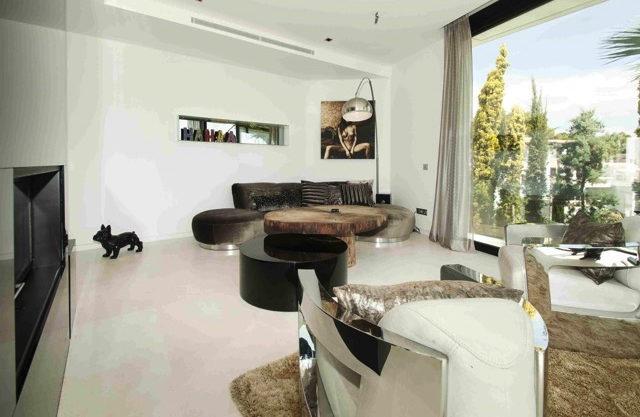 villa3303bedroomsescubells13.jpg