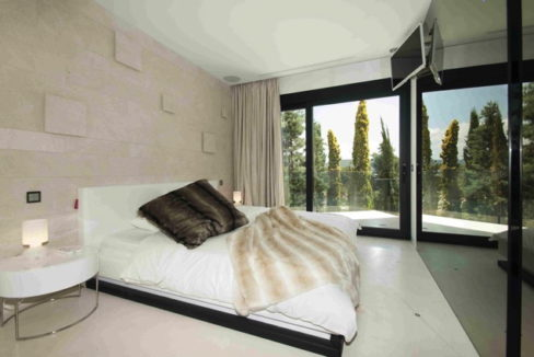 villa3303bedroomsescubells18