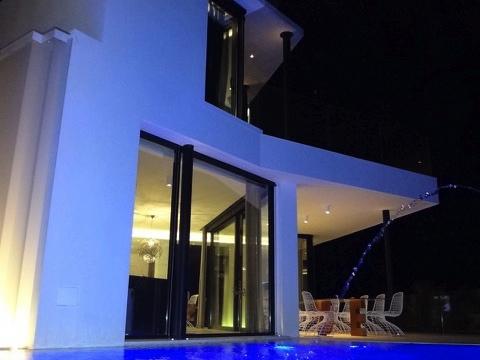 villa3303bedroomsescubells36