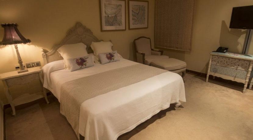 villa1206bedroomssantagertrudis1