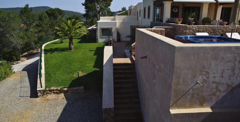 villa1206bedroomssantagertrudis10.jpg