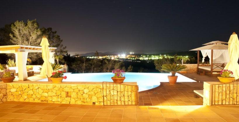 villa1206bedroomssantagertrudis14.jpg
